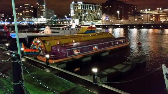 The Titanic Boat [Liverpool] The-joker-boat