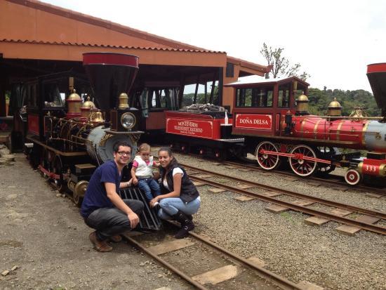 Monteverde TrainForest: Listos para el tour