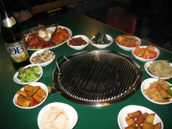 Mama's House Restaurant: Three meat grill special for two