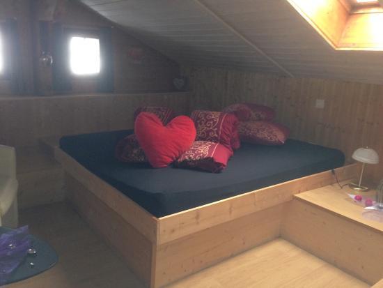 chalet hotel adler chambre avec mezzanine - Chambre Avec Mezzanine