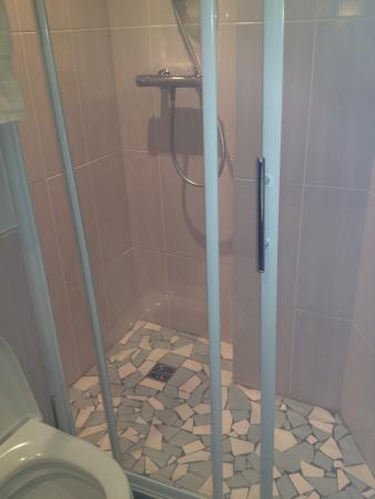 Hôtel Ours Blanc Wilson : La douche