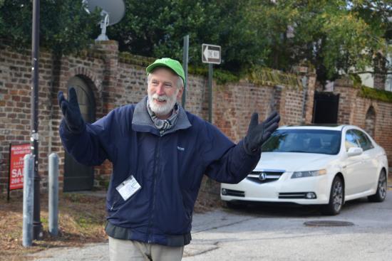 Ed Grimball's Walking Tour of Historic Charleston: Ed Grimball in action!