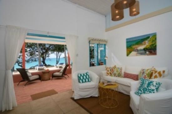Sugarapple Inn: Living Room, Beach Cottage