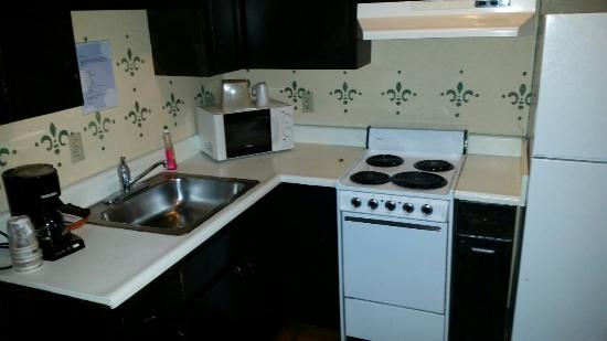 Lemon Tree Hotel and Suites: Set up with dishes.  Great for a family