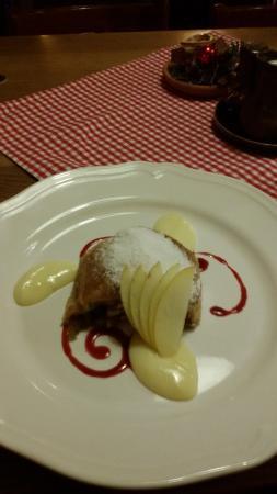 Mama's Restaurant: strudel di mele