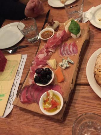 Pizzeria Libretto-Danforth: Appetizer anyone !
