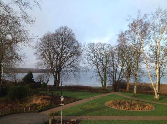 Hotel Frederiksminde: View on the sea New Year's day