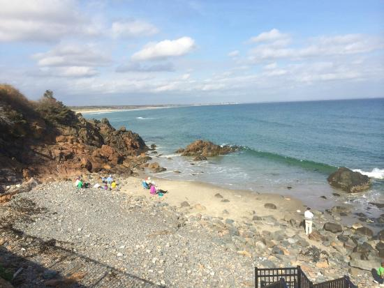 16 Beach Street Bed and Breakfast: Sight along The Marginal Way