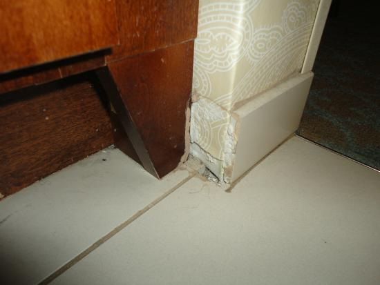Residence Inn Savannah Downtown/Historic District: Dirty!