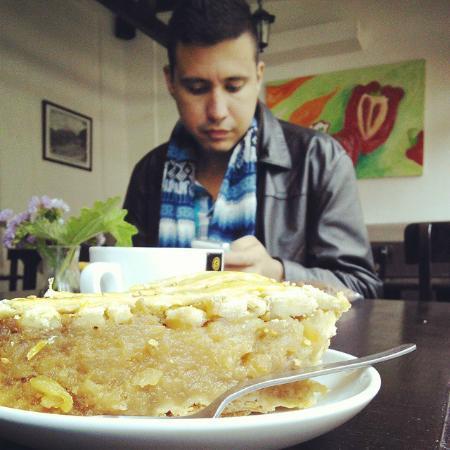 Cafe Mayu: Pay de manzana en Café Mayu