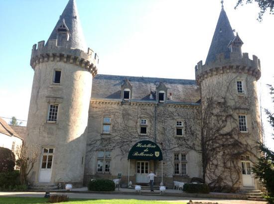 Chateau de Bellecroix : Весенняя сказка