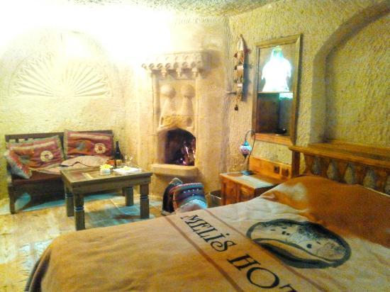 Melis Cave Hotel: Şömüne keyfi
