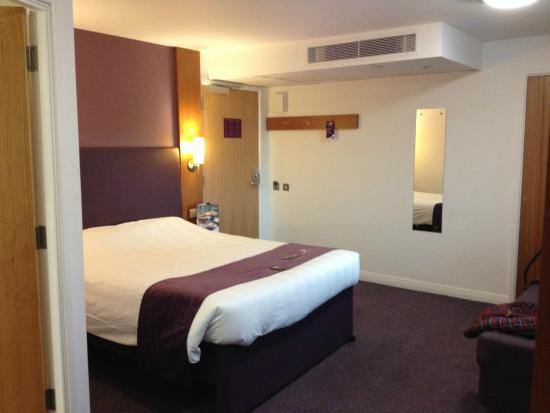 Premier Inn Leeds City Centre (Leeds Arena) Hotel : Room