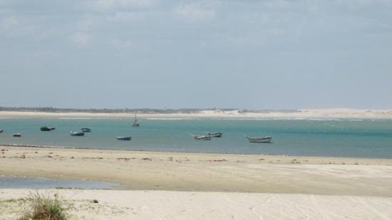 Trairi, CE: praia de mundaú