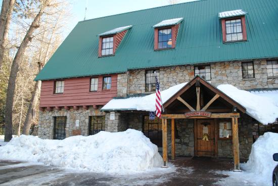 Rainbow Lodge: Exterior of the Lodge