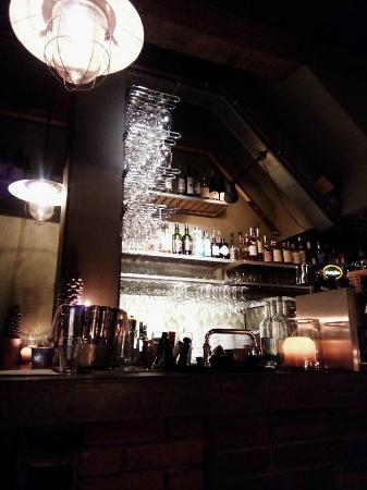 Bistro Flores: Bar