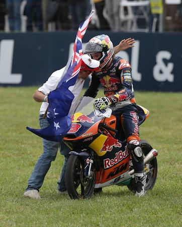 Phillip Island Grand Prix Circuit: On Ya Jack