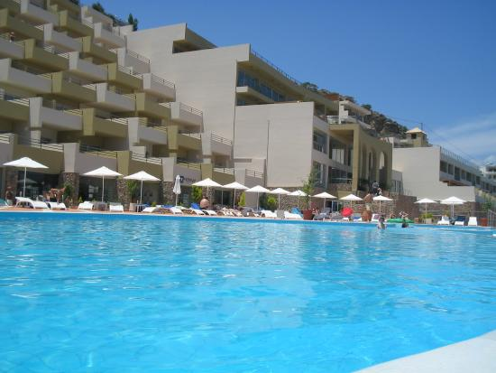 Piscine picture of blue marine resort spa agios for Blue piscine hannut