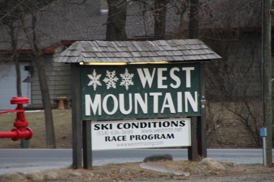 West Mountain Ski Resort : Entrance Sign