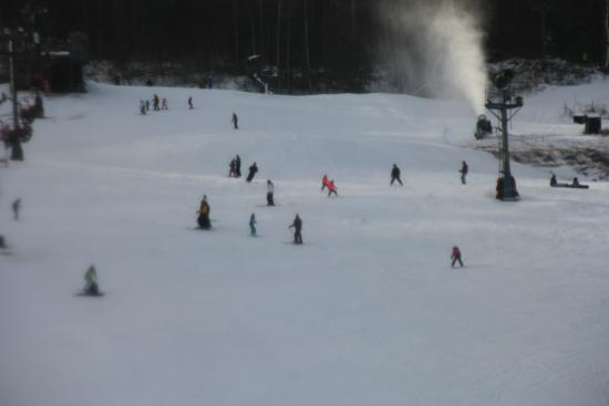 West Mountain Ski Resort: Skiers Coming Down Slope