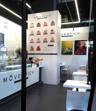 Movenpick at Vanilla Moon, Ice Cream Parlour: Mövenpick at Vanilla Moon's interior. We also have a mini art library for you to enjoy!