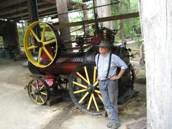 Timbertown Wauchope: 18th century steam engine