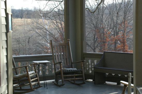 Garth Woodside Mansion Estate : Front Porch