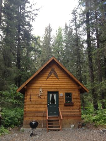Salmon Creek Cabins: Bear Creek Cabin One