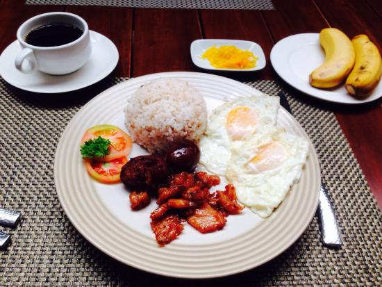 Hotel Vicente : 2 breakfast options combined - chicken tocino and davao longganisa