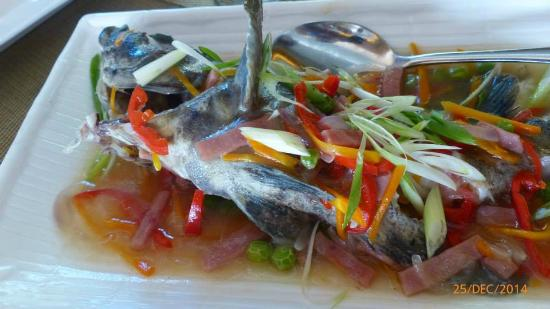 Dakak Park & Beach Resort: one of the superb foods