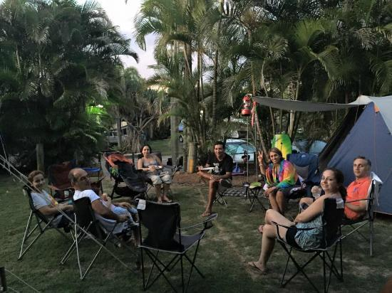 Rainbow Beach Holiday Village: campsite