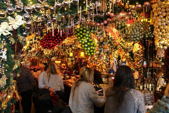 Rolfs Christmas Bar Nyc.Lights Everywhere Picture Of Rolf S Bar Restaurant New