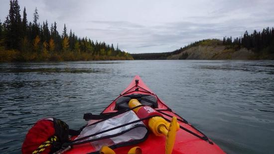 Rented a Voyager Canoe for the Yukon River Quest - Kanoe