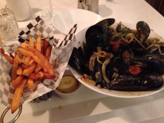 Paris 66: Mussels with provençale broth and frites with mayonnaise