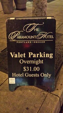 Paramount Hotel: Valet sign out front