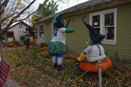 Gardner Village: Witchfest