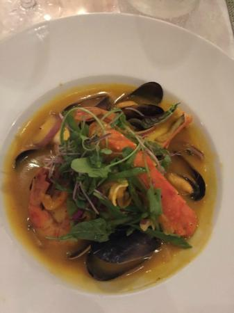 Mariposa: shellfish curry