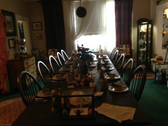 The Inn of the Patriots B & B: The Inn of the Patriots - Dining Room