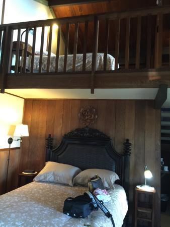 Kula Lodge: クラロッジ1号室 ベッドはLOFTも入れて3つありました。