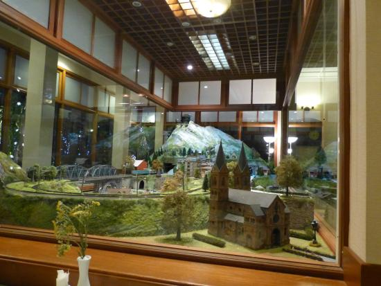 Rosabieng Restaurant: Model trains within therestaurant