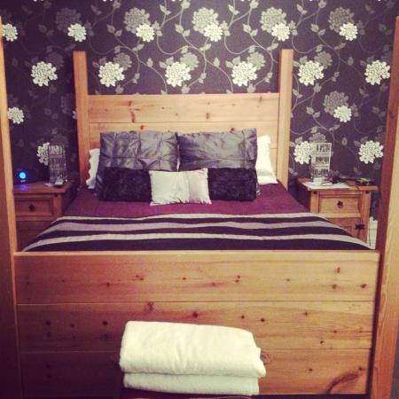 Hillcrest Guesthouse: Whitby Room