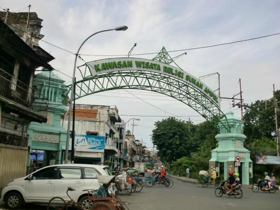 Jembatan Merah: 5