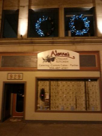 Nonna's Italian Kitchen & Catering : New location