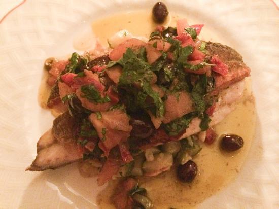Le Vieux Couvent : Roast Sea Bass.