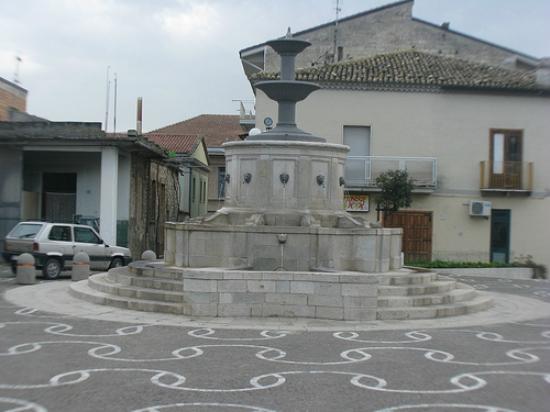 Tolve, Italie : Fotana