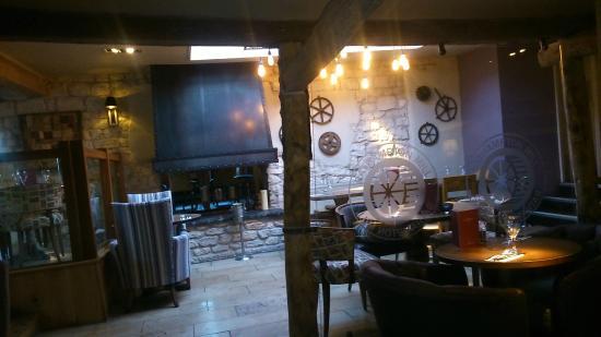 Hotels Near Bathampton