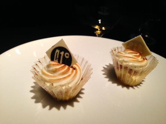 41 Degrees: Lemon pie cupcake