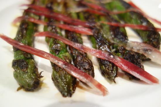 Meson Iberico : Green asparagus with Jamon Iberco