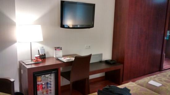 Hotel Gran Ultonia Girona: habitacion