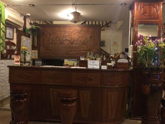 Siem Reap Riverside: フロント